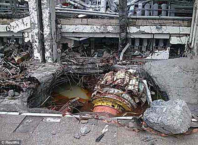 the sayano shushenskaya hydroelectric disaster report Accident at the russian biggest hydroelectric powerplant: sayano-shushenskaya, in siberia music: the black isle (byrne/eno remix) by (dj) morsanek http.