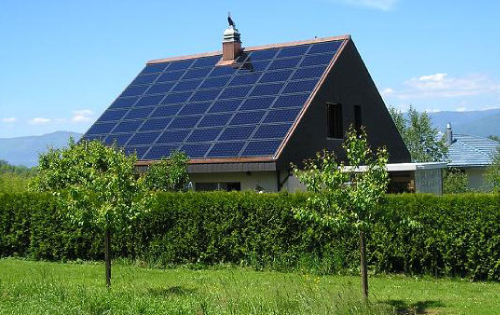 Sunpower solar panels electrify a residence in Silicon Valley