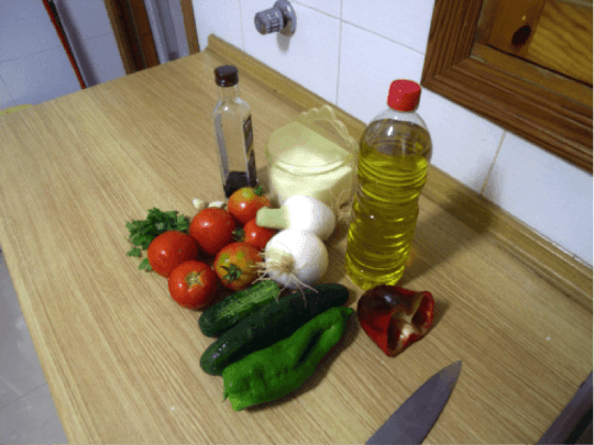 The ingredients for gazpacho soup contain many mainstays of the Mediterranean diet.
