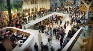 Make 20% Investing in Retail Stocks This Holiday Season