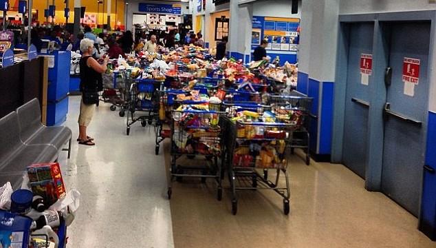 Free Food for All at Wal-Mart!