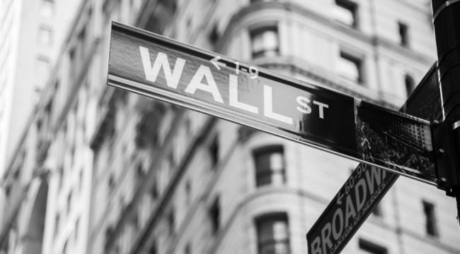 Warning: The Smart Money is Fleeing U.S. Stocks